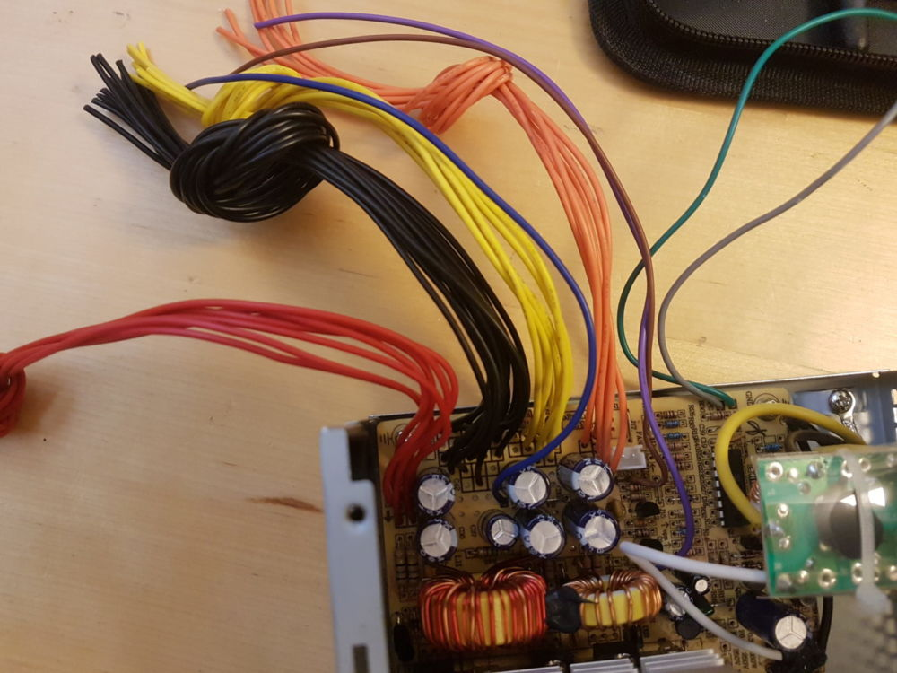 Labornetzteil selbst bauen – WurmWeb